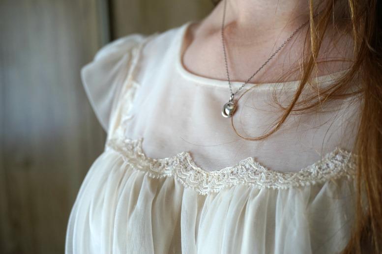Slip lace detailing