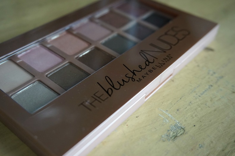 Maybelline the blushed nudes review